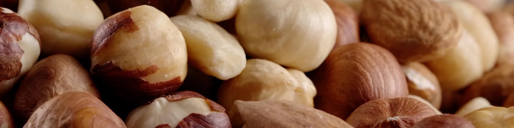 De uitdaging van deze week: eet een handje ongezouten noten!
